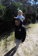 daddy-daughter-hiking